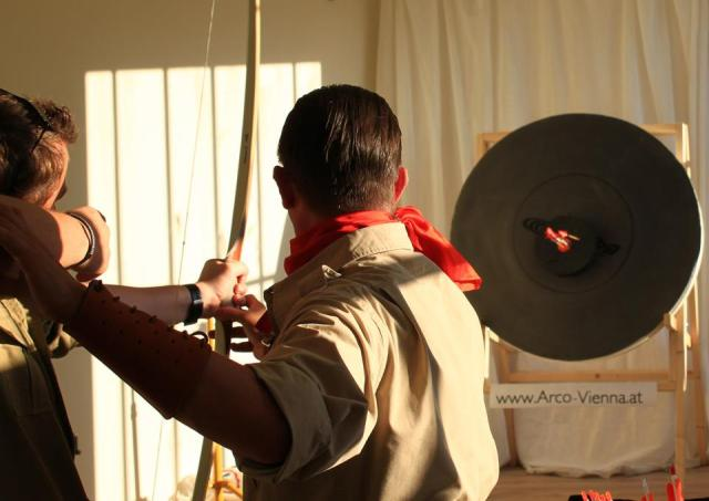 Become the Arrow – Archery Coaching in Wien.