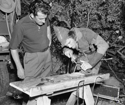 Howard Hill & Errol Flynn.