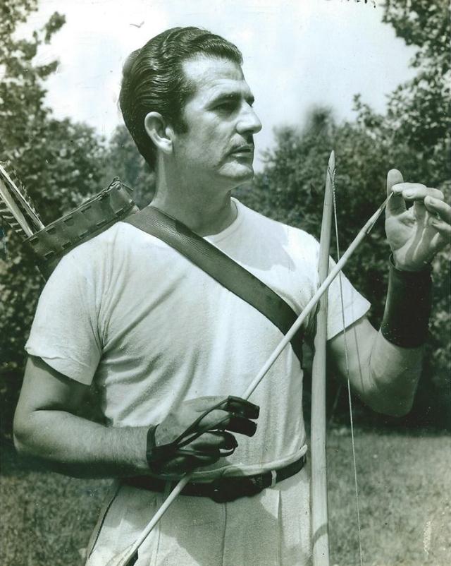 HowardHill-Secrets in Archery - Bogen und Pfeil-Basics - Bogenschießen für Einsteiger.
