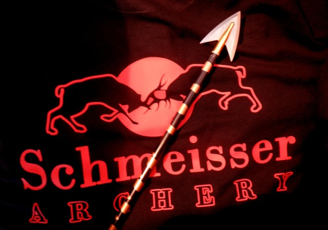 AUSTRIAN COMPANY SCHMEISSER ARCHERY ENGINEERS BOW HUNTING EQUIPMENT