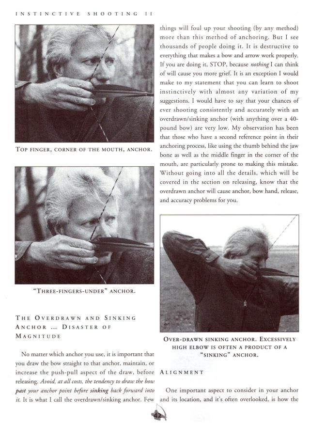 """""""Vorderegger-Zuckel-Anker"""": G. Fred Asbell erläuterte diesen Schießfehler, das von Vorderegger empfohlene """"Überziehen"""" im Blankbogenschießen schon 1993 in seinem Buch """"Instinktive Shooting II"""" (Cowles Magazines, Inc. Harrisburg, PA)."""