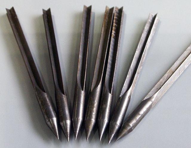 Arrows in Modern Warfare -