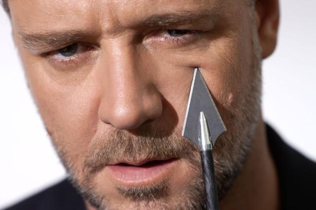 Ein Custom-Bogen, ein Bogen in Custom-Qualität, muss nicht teuer sein - aber, er muss von einem Bogenbauexperten, einem Bogenbaumeister, in Funktion und Performance, individuell auf den Bogenschützen, den Kunden, den Customer, abgestimmt sein. Exotische Hölzer, Furniere mit unaussprechlichen Namen, sinnlos gestaltete Griffstücke, Intarsien, Halbedelsteine und mehr, sind lediglich Styling-Elemente, nicht zwingend Ausdruck von Bogenbau-Expertise.