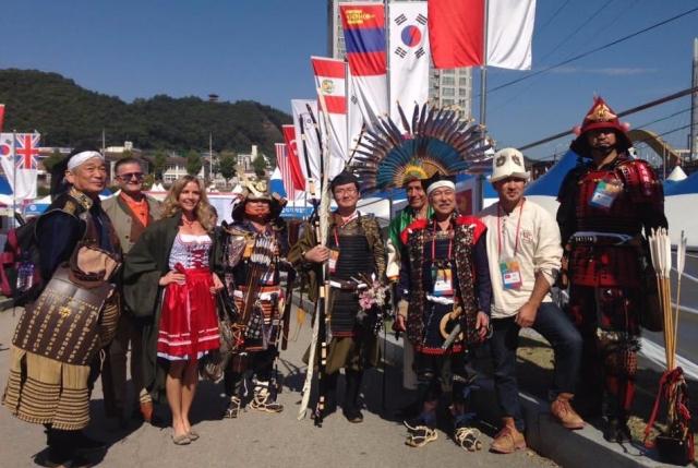 Model Michaela Wolf und Bowman Peter O. Stecher sind Österreichische Kultur-Botschafter in Yecheon Korea